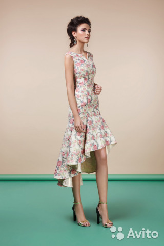 d811f5e4a77 Платье вечернее