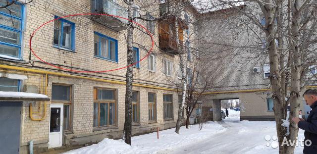 Продается трехкомнатная квартира за 1 500 000 рублей. Волгоградская область, Михайловка, улица Энгельса, 7.