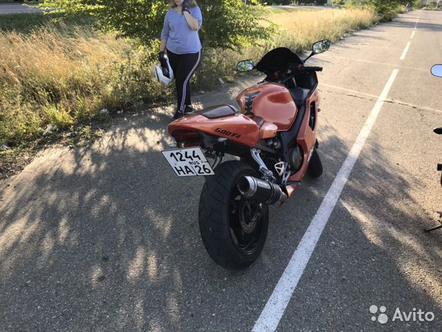 Продаю Honda CBR 600 F4i  89886750860 купить 3