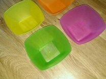 Глубокие пластмассовые чашки