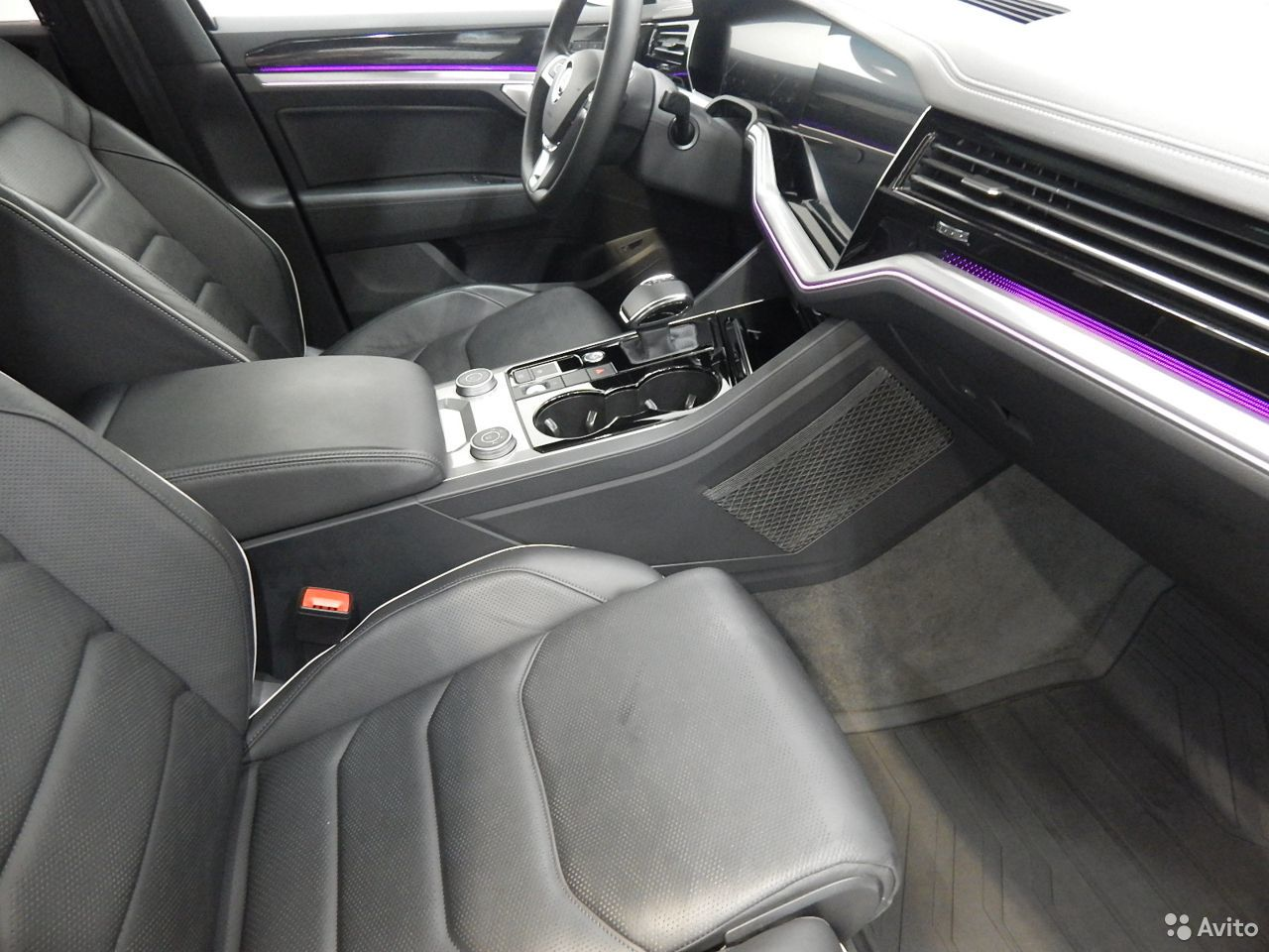 Volkswagen Touareg, 2018  88129219908 купить 9