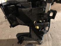 Защита колен водителя Порше Панамера 97055229100
