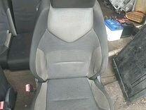 Сидения Peugeot 308 2010 год