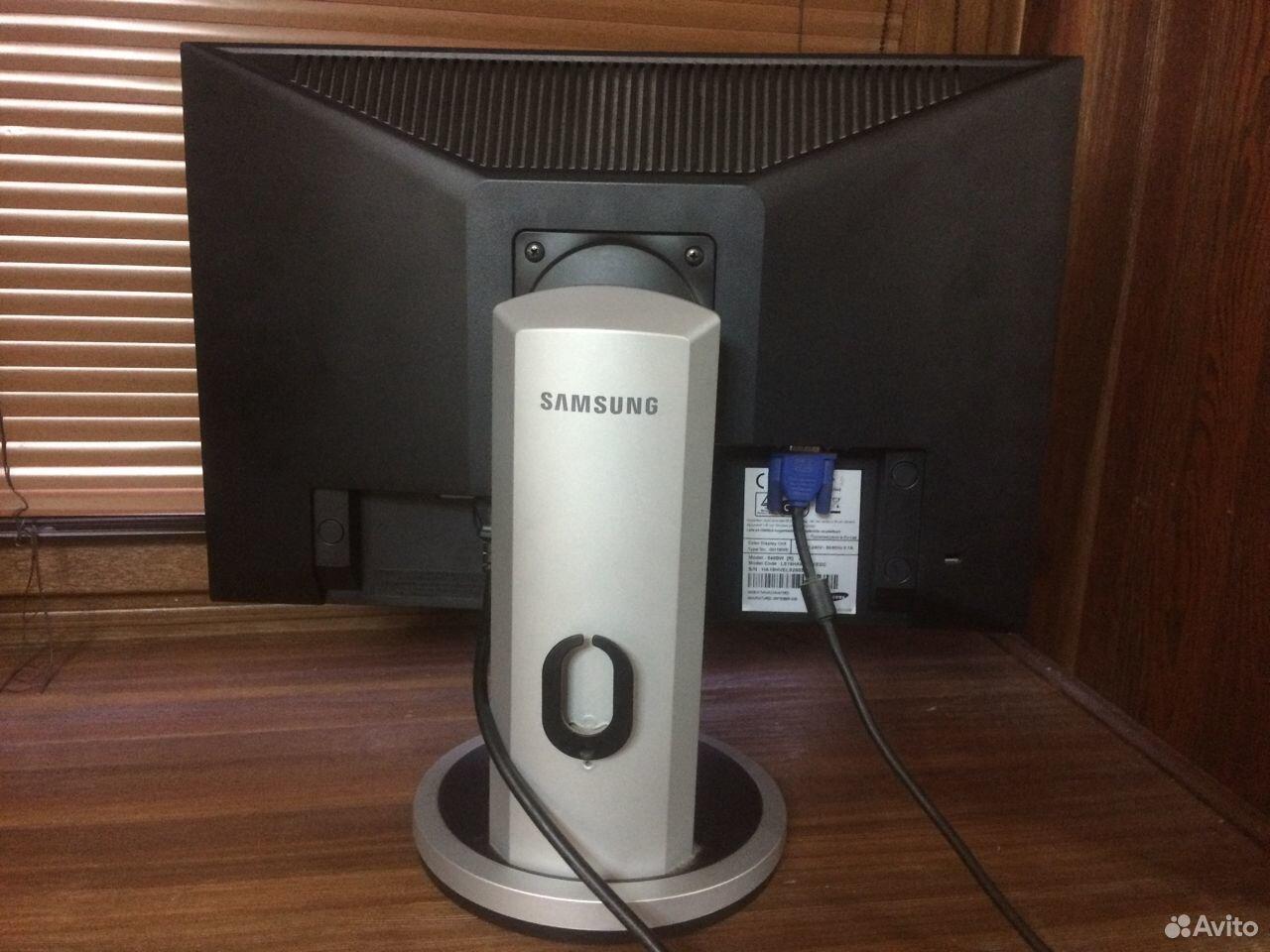 Классный монитор Samsung DVI Регулировка высоты  89964282819 купить 5