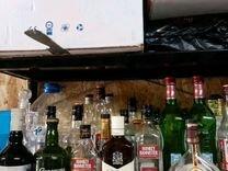 Бутылки из под алкоголя с крышками