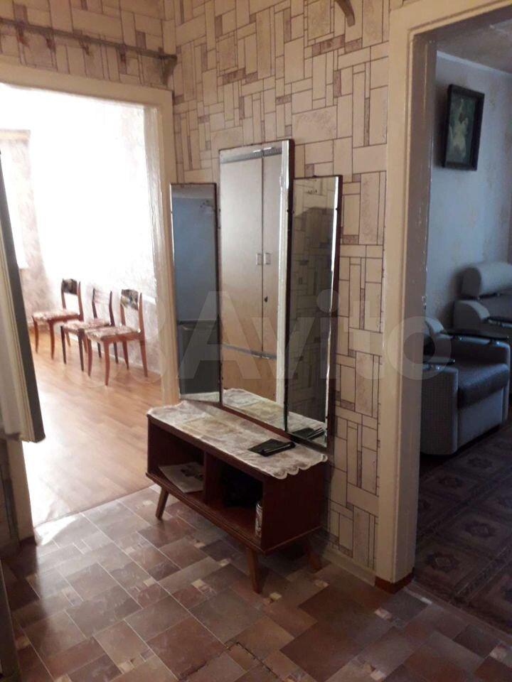 3-rums-lägenhet 50 m2, 1/2 FL.  89615464772 köp 1